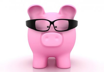 Piggy-Bank-with-Glasses-549x300